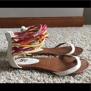 White/ multicolor cuff zip-up sandals